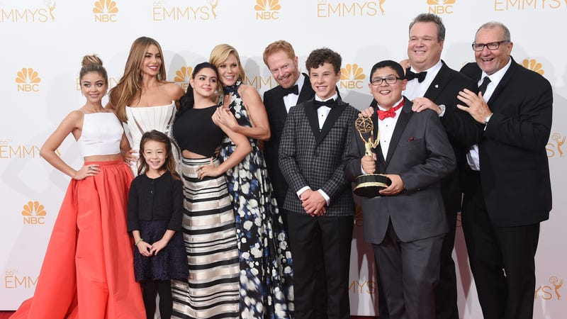 Illustration for article titled Modern Family Will Kill Off a 'Significant' Character in Season 10