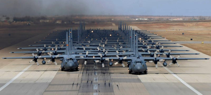 Illustration for article titled 24 C-130s 'Elephant Walk' For The USAF's Joint Forcible Entry Exercise