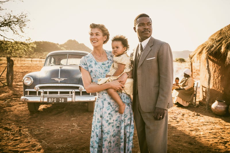 Rosamund Pike as Ruth Williams, Madison Manowe as Baby Jaqueline and David Oyelowo as Seretse Khama in the film A United Kingdom (Stanislav Honzik)