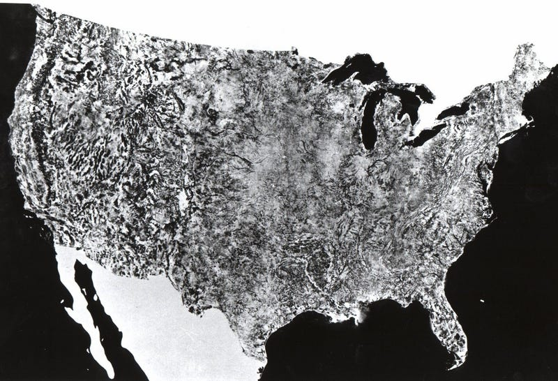 Illustration for article titled This Was the First Ever Satellite Image of the Entire U.S.