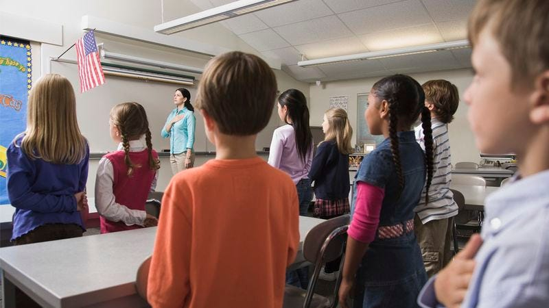 Illustration for article titled How Well Do You Know The Pledge Of Allegiance?