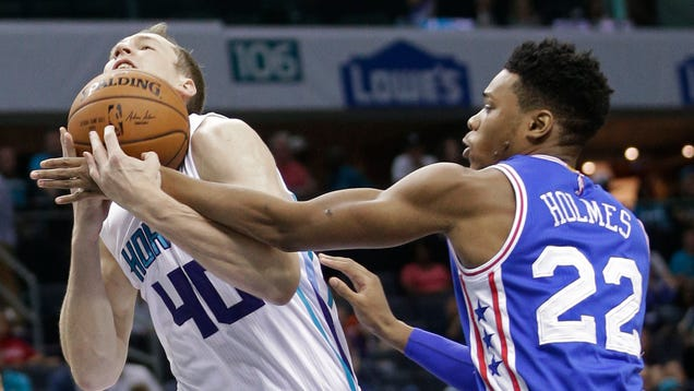 Sixers And Hornets Give Up, Decide To Just Sort Of Flail Everyw…