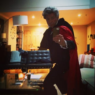This Is Perfect: Sean Pertwee Dressed Up As His Dad For ...