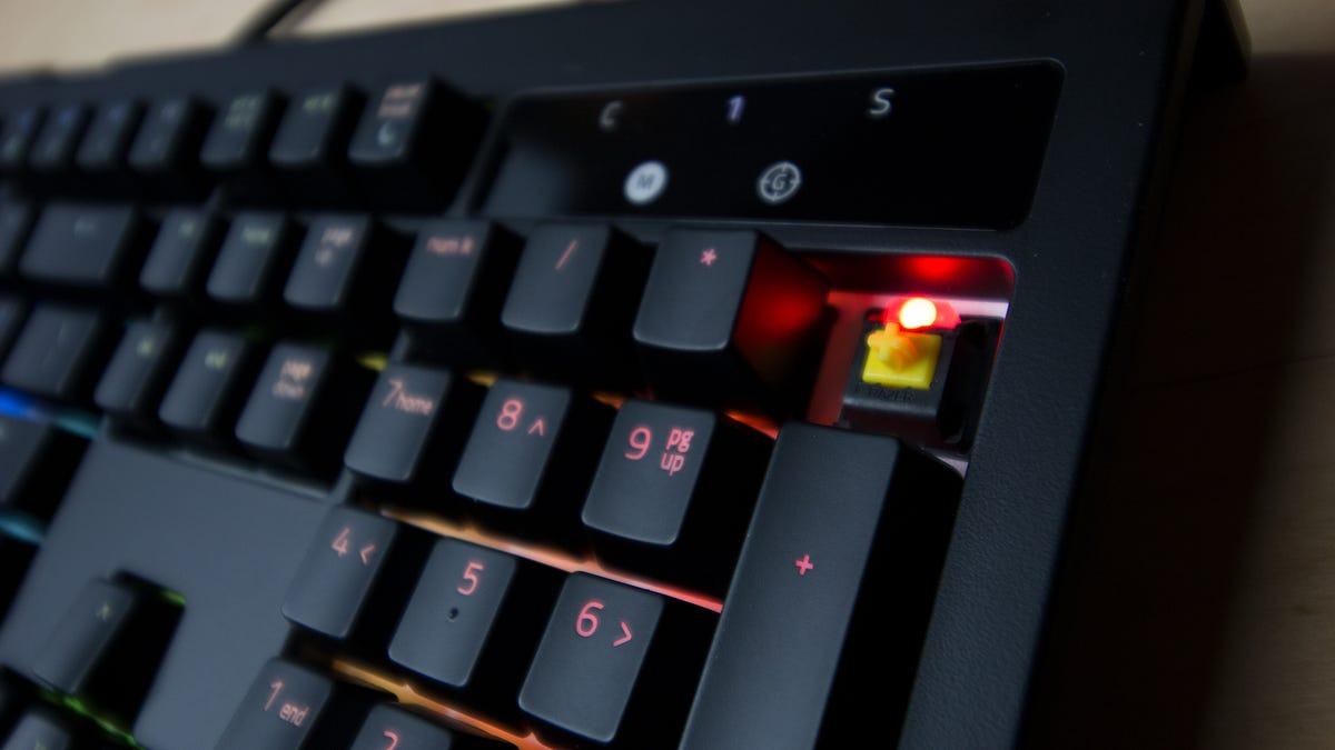 Razer Blackwidow Chroma V2 Yellow Review More Gaming Less Typing Switch