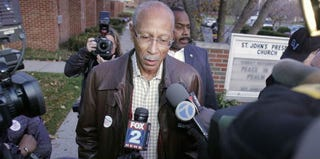 Detroit Mayor Dave Bing votes in the city's mayoral election. (Bill Pugliano/Getty Images News)