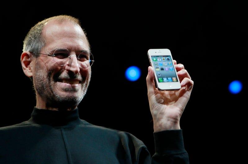 El pleito de Steve Jobs que le dio origen al iPhone