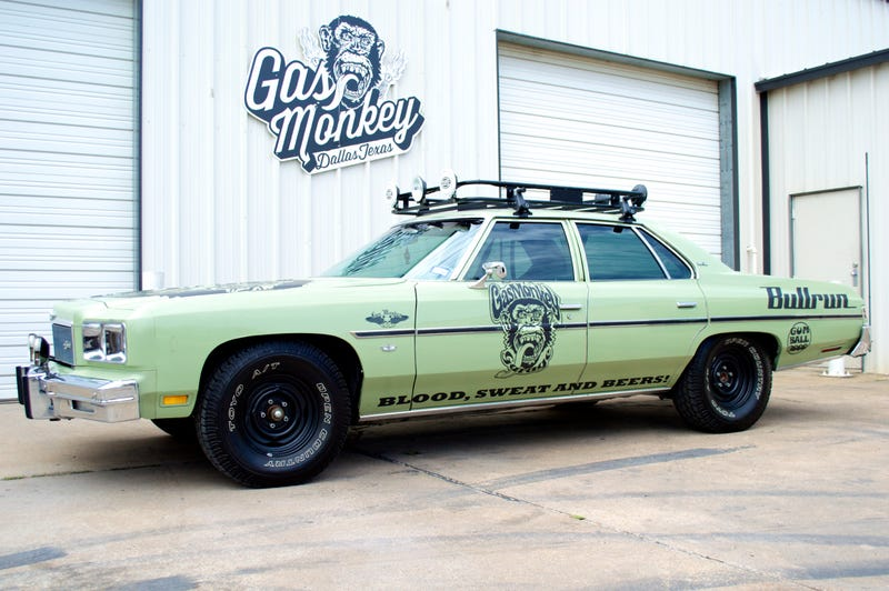 The Puke Green 1976 Chevy Caprice That We Saw Roll Up To Hotel Arts In Calgary Was Immetly Dismissed As A Compeor But Then Richard Revved