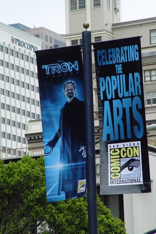 Illustration for article titled Tron Legacy banners pave the way for San Diego Comic Con