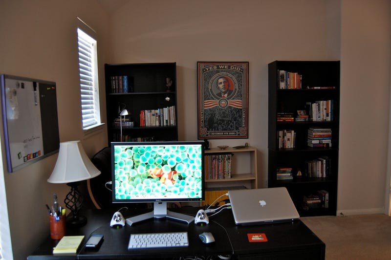 Illustration for article titled The Budget-Conscious Home Office