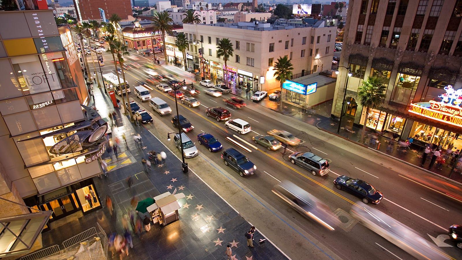Cuáles son las diferencias entre una calle, una avenida, una carretera y otros tipos de caminos