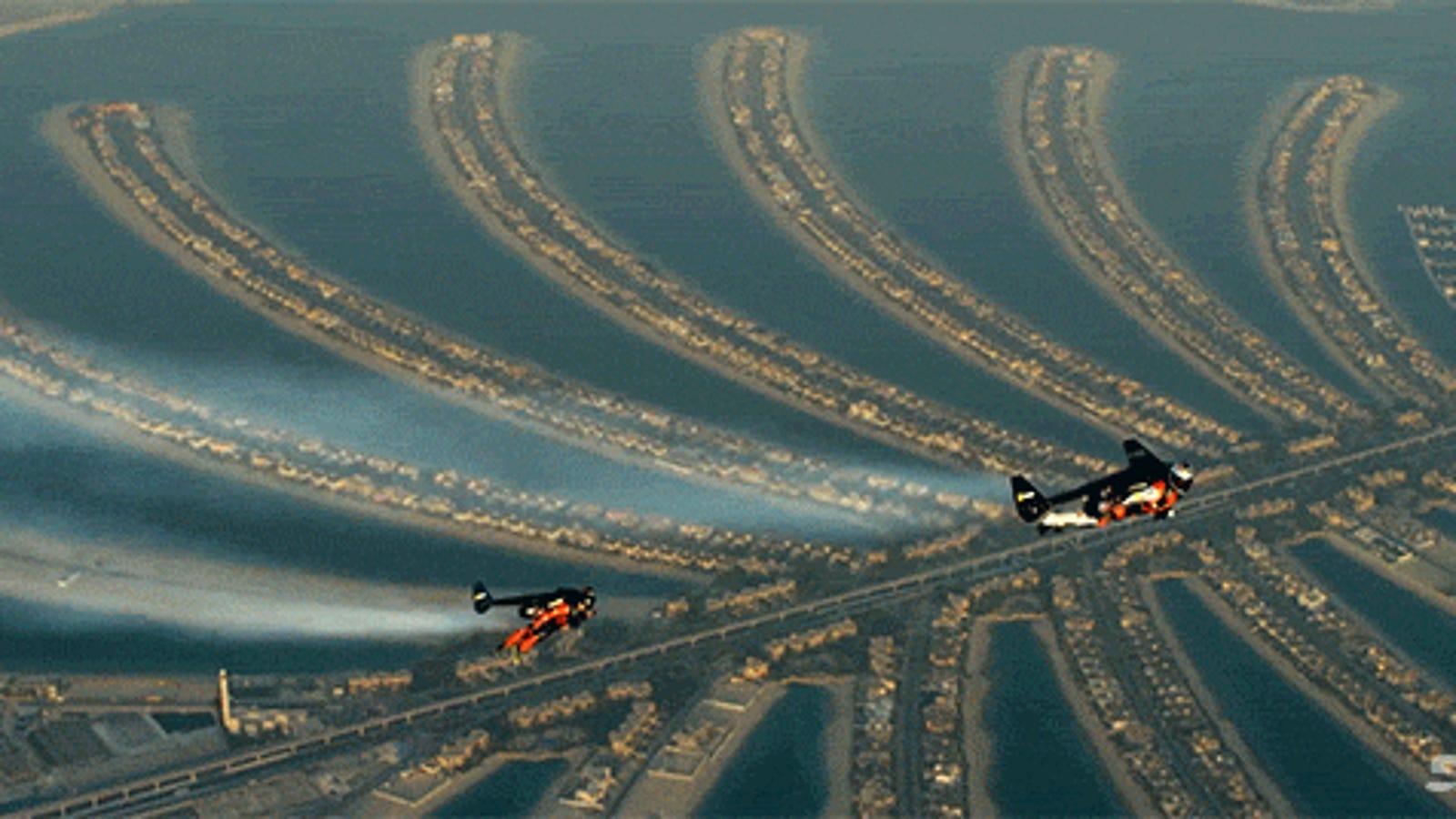 Flying jetmen stunningly soar all over Dubai in amazing video