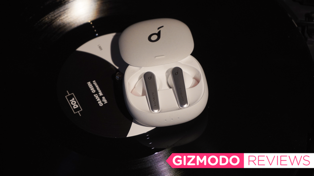 These Cheap Noise-Canceling Earbuds Give AirPods Pro a Run for Their Money