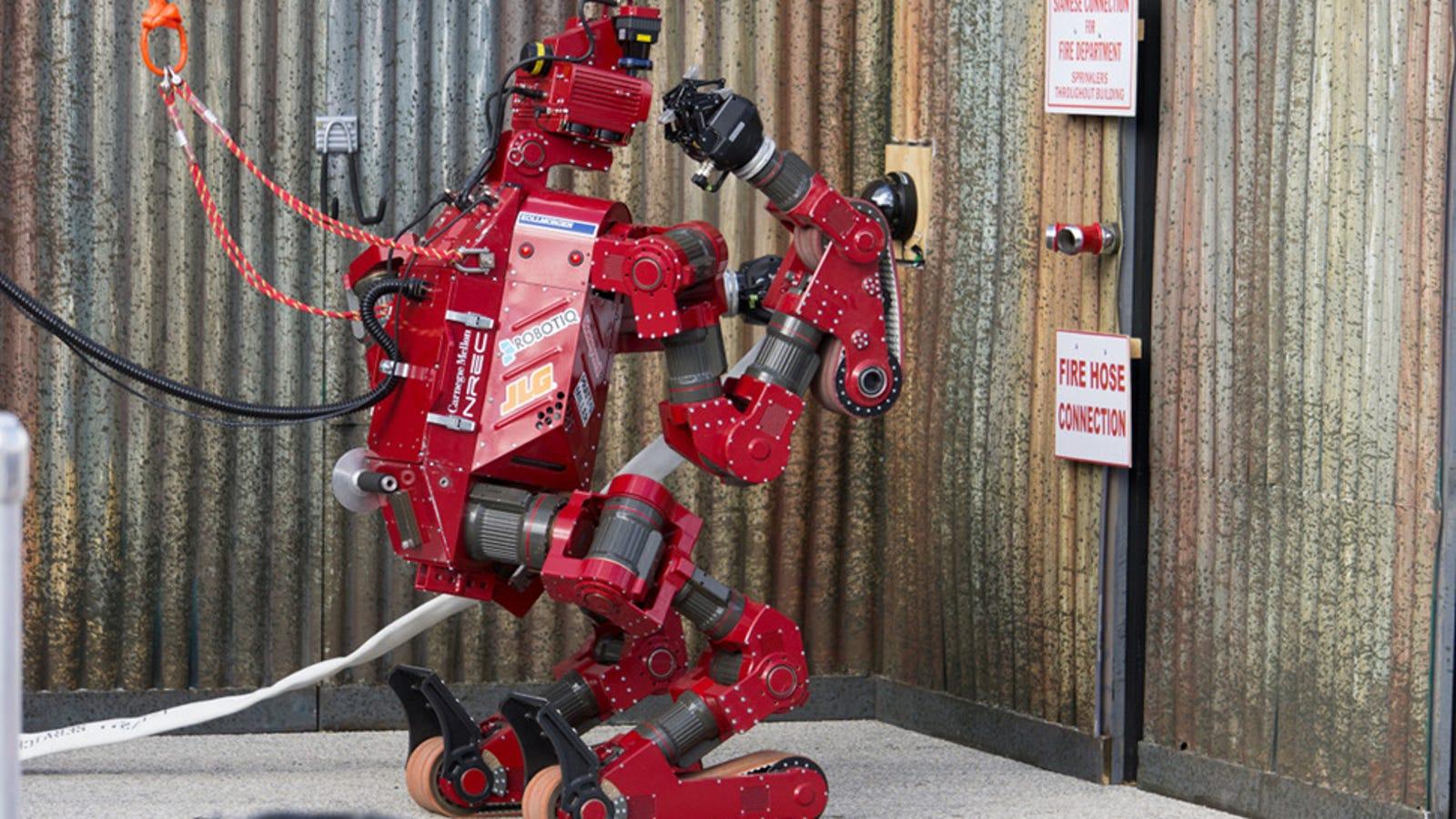 Los 8 increíbles robots finalistas de la competición de la DARPA
