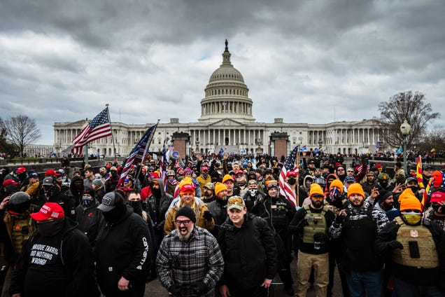 Insurrectionists Reportedly Used Walkie-Talkie App Zello To Storm the Capitol