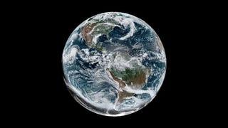 Aun mejor que desde la Tierra: así se vio el último eclipse solar desde el espacio