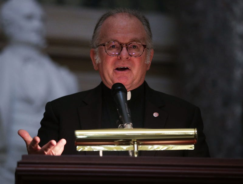 Illustration for article titled House Chaplain Delivers Soulful Prayer For God To Save Weak-Ass, Flip-Flopping Speakers Who Wound Up Looking Like Dipshits In Front Of Everyone