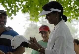 Illustration for article titled Condi Rice Says Fuzzy Zoeller Is One Of Her Favorite Golfers