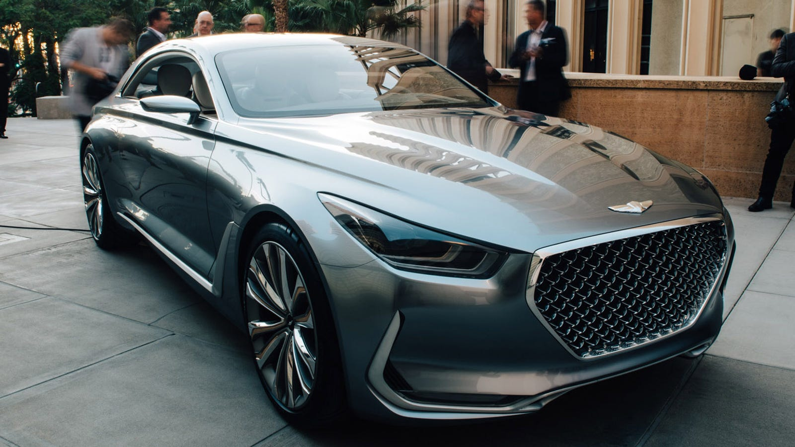 Hyundai Plans Genesis Luxury Suvs And Coupe By