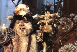 Illustration for article titled 25 Glorious Years of Loving the Ewoks