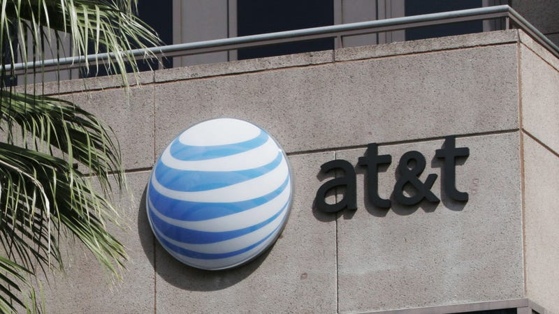 Illustration for article titled AT&T Drops Court Challenge That Kept FTC From Policing Net Neutrality