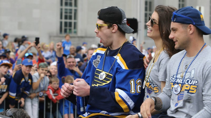 Illustration for article titled Zach Sanford Barfs All Over Himself During Blues Stanley Cup Victory Parade