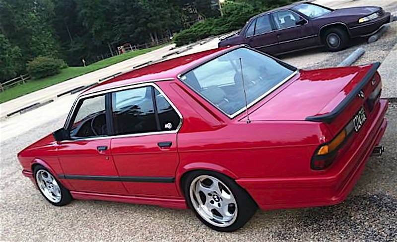 Illustration for article titled For $8,995, This 1986 BMW 535i Could Be Your Euro Thrash