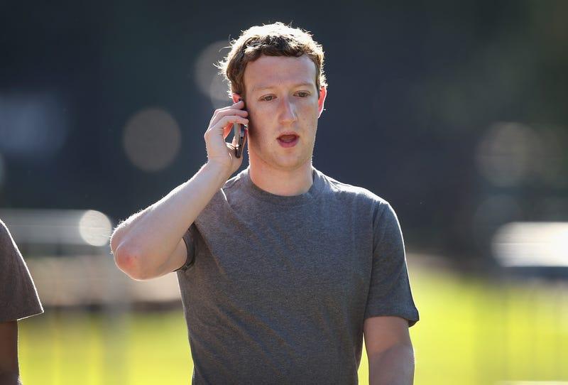 Mark Zuckerberg (image via Scott Olson/Getty Images)