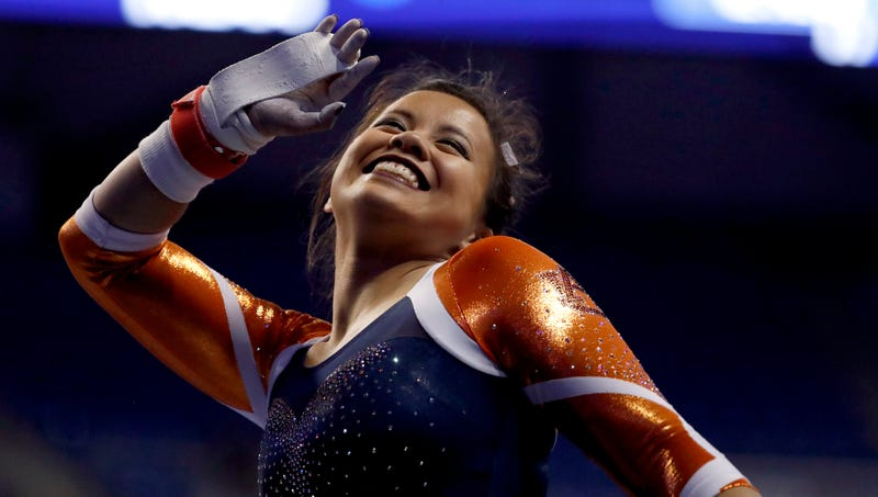 Auburn Gymnast Sam Cerio Severely Injured Both Her Legs In A