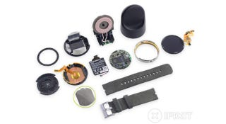 Illustration for article titled Moto 360 Teardown: Battery Not As Advertised