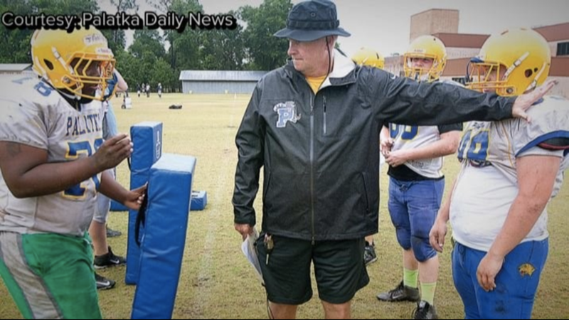 Illustration for article titled Report: Florida High School Football Coach Accused Of Head-Butting And Blowing Snot-Rockets On Players, Telling One To Kill Himself