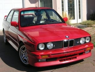 Illustration for article titled 1989 BMW M3 Patiently Awaits Your $13,500!