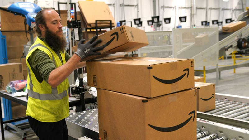 Illustration for article titled Amazon's New Plan for Fighting Counterfeit Crap Is Letting Brands Deal With It