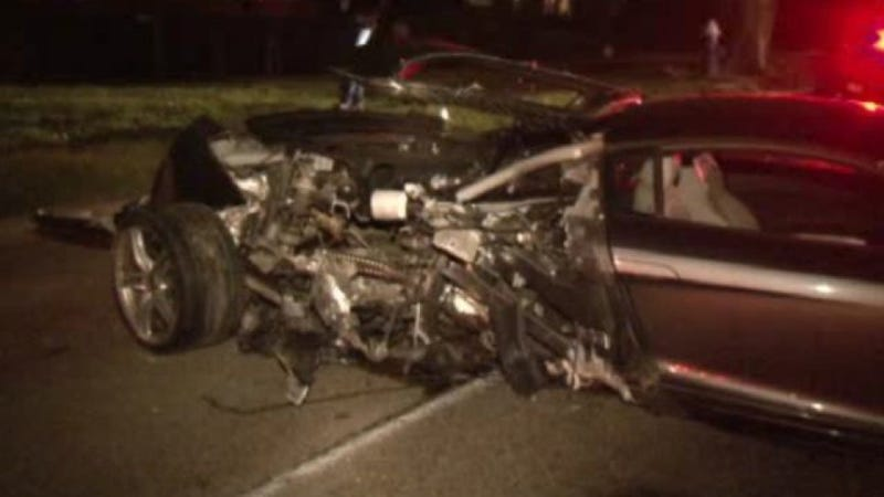 Audi R Destroyed After Houston Man Crashes It Into A Tree Updated - Houston audi