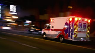"""Illustration for article titled """"Stroke Ambulances"""" Could Save Lives Before Ever Reaching the Hospital"""
