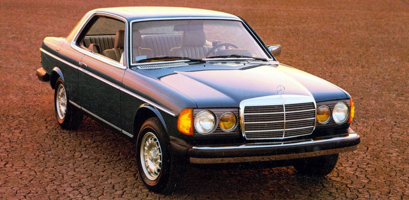 Why everyone loves an old diesel mercedes benz for Buy old mercedes benz