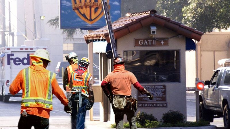 Illustration for article titled Hollywood Maintenance Crews Sent Out To Patch Up Film Industry's Plotholes