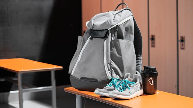 How to Choose (and Pack) the Perfect Gym Bag