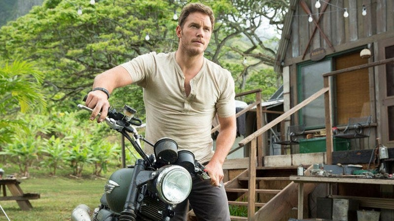Chris Pratt in Jurassic World—notice the lack of ghosts
