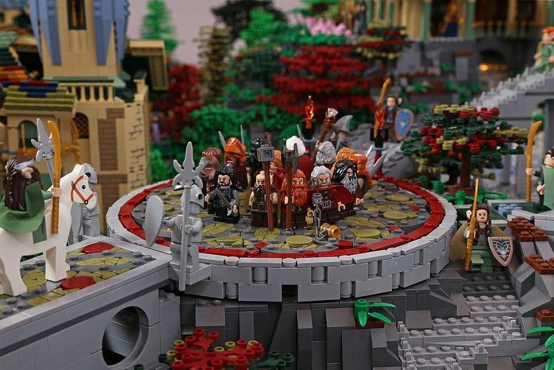 Illustration for article titled Rivendel, recreado al detalle en esta fastuosa maqueta de Lego