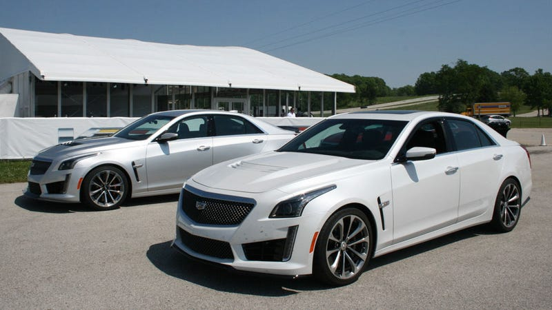 2016 cadillac cts v a glorious 640 hp exercise in overkill. Black Bedroom Furniture Sets. Home Design Ideas