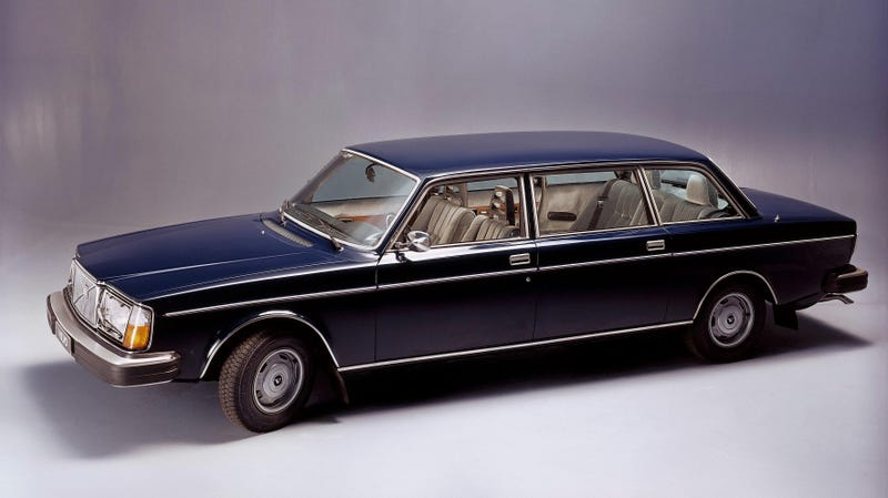 Illustration for article titled The Time Bertone Built Volvo Limousines For East German Bureaucrats