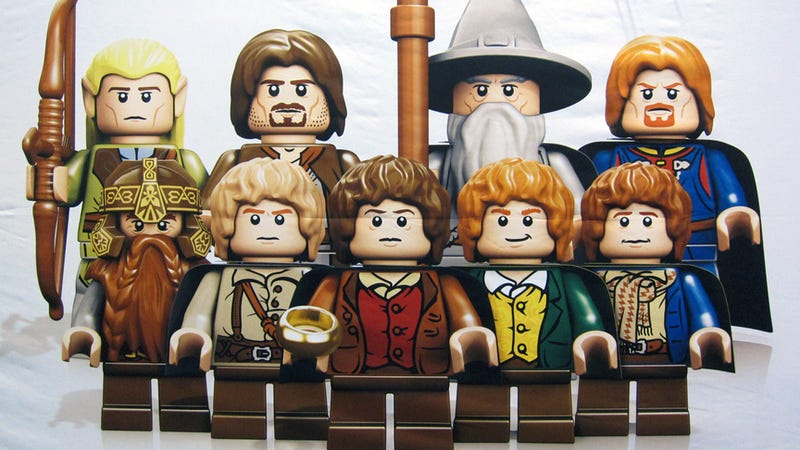 The First View of the Lego Lord of the Rings Minifigs