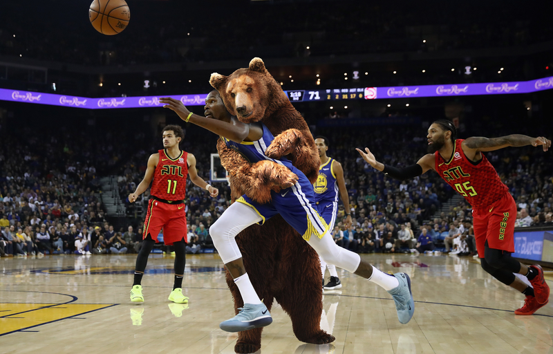 Illustration for article titled Here's An Idea For Fixing The NBA's Fouling Problem