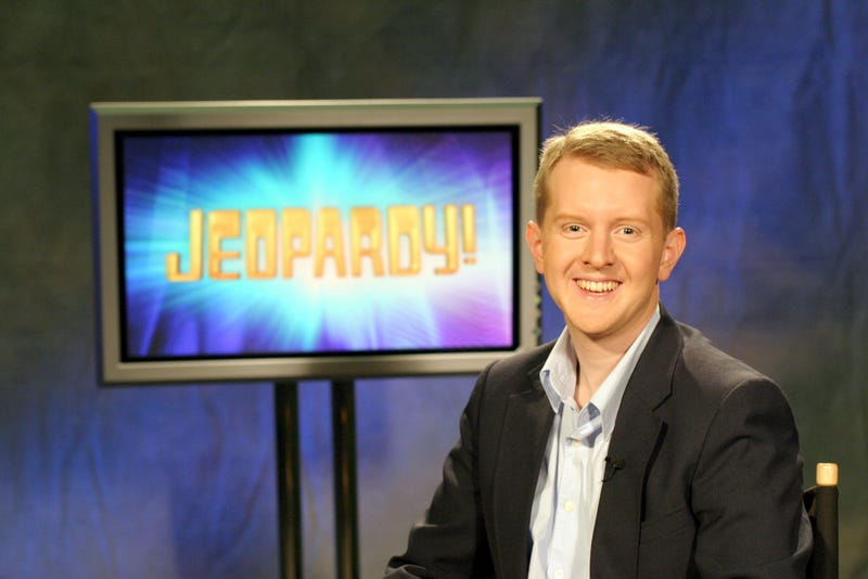 Illustration for article titled Ken Jennings has gone from winning $2.5 million on Jeopardy! to $11.16 on HQ Trivia