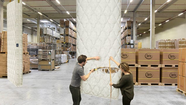 Serta Wholesaler Lets Customers Cut Their Own Length Of Mattress