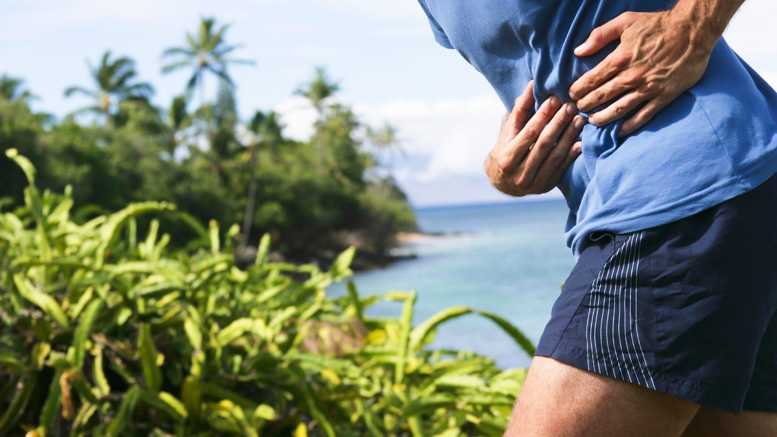 Qué es realmente ese pinchazo que sientes de repente en un costado cuando estás corriendo (y cómo evitarlo)