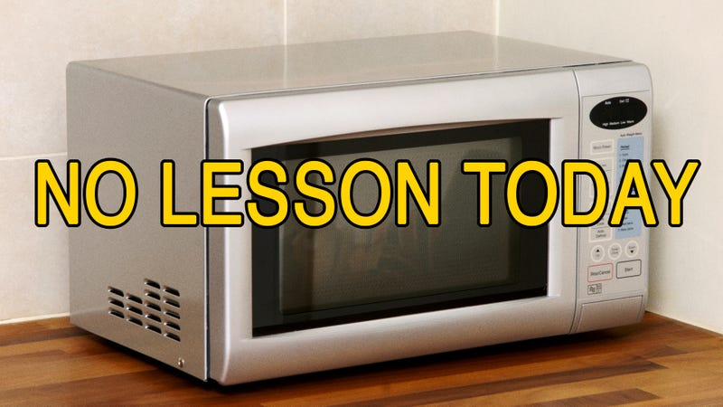 Illustration for article titled Did'Sesame Street'Go Too Far With Its Episode Where Ernie Microwaves Himself While The Words 'NO LESSON TODAY'Flash On-Screen?