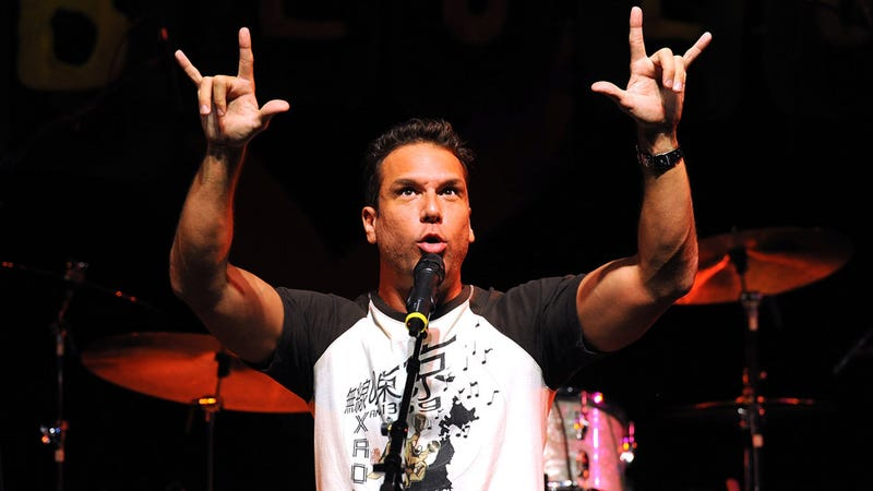 Illustration for article titled Horrible Things Dane Cook Said on Stage Last Night