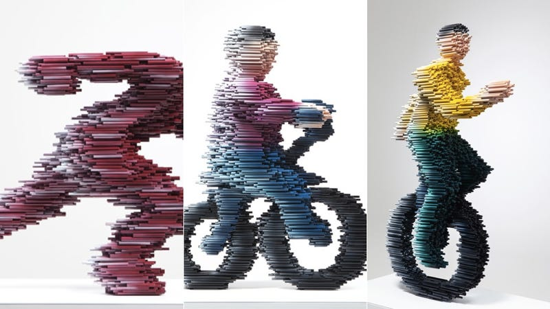 Illustration for article titled Blurred Sculptures Are Hurting my Brain
