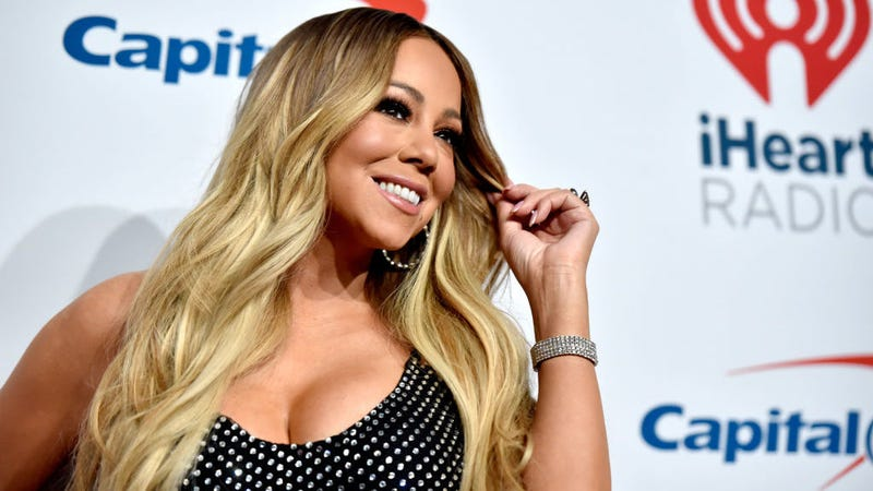 "Illustration for article titled Mariah Carey wins the 10-Year Challenge: ""Time is not something I acknowledge"""
